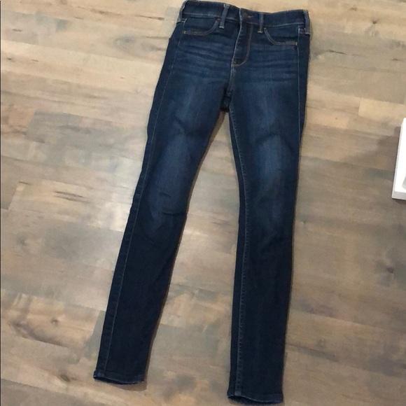 Hollister Denim - Hollister High-rise Jean legging w23 l26 00s